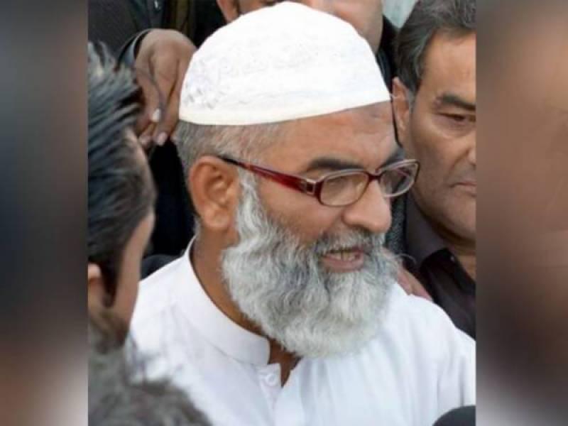 جب تک ملزم نہیں پکڑا جاتا احتجاج جاری رہے گا ، والد زینب