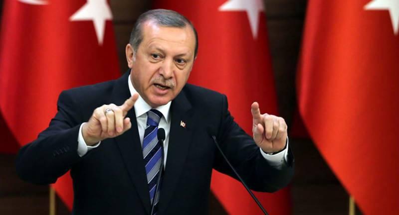 ترکی میں نافذ ایمرجنسی کی مدت میں مزید تین ماہ کی توسیع