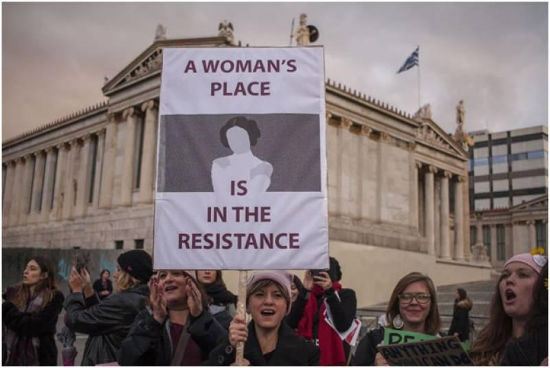 ٹرمپ کیخلاف 250 شہروں میں لاکھوں خواتین کا احتجاج
