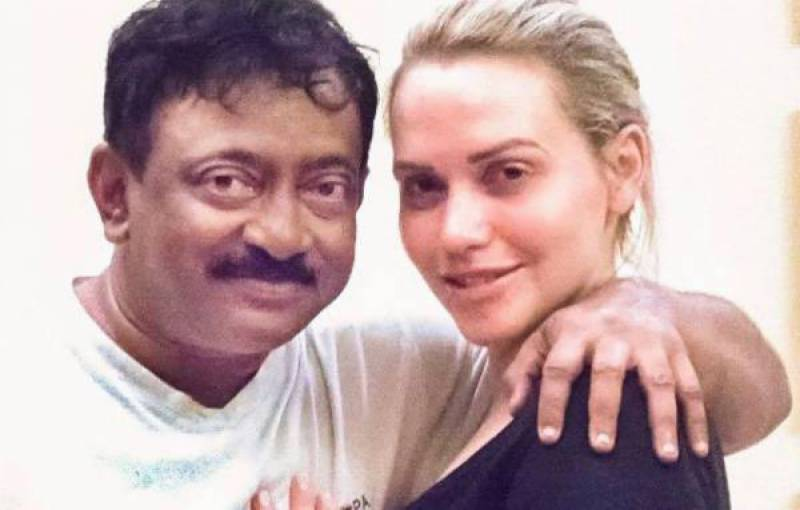 رام گوپال ورما کی فحش اداکارہ کیساتھ شرمناک تصاویر لیک