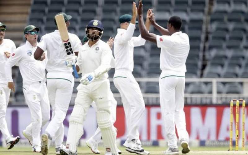 تیسرا ٹیسٹ : بھارتی ٹیم پہلی اننگز میں 181 رنز پر ڈھیر