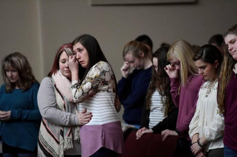 امریکی ریاست کینٹکی میں15سالہ طالبعلم کی فائرنگ ،2ساتھی طلباء ہلاک