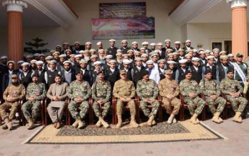 کور کمانڈر پشاورکی ا خیبر ایجنسی میں منعقدہ تقریب میں شرکت