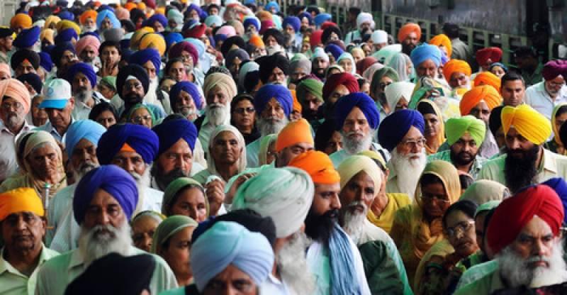بھارتی مذہبی انتہا پسندی، 200ہندو یاتریوں کو پاکستان آنے سے روک دیا