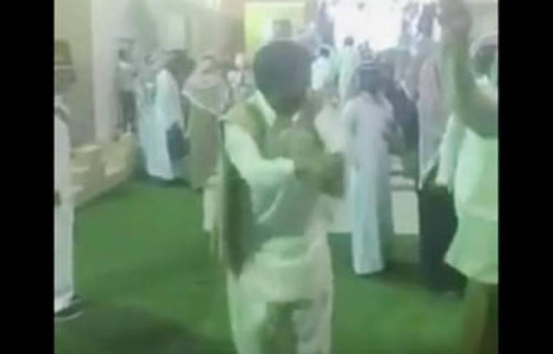 سعودی ثقافتی میلے میں پاکستانی نوجوان کے رقص نے دھوم مچا دی