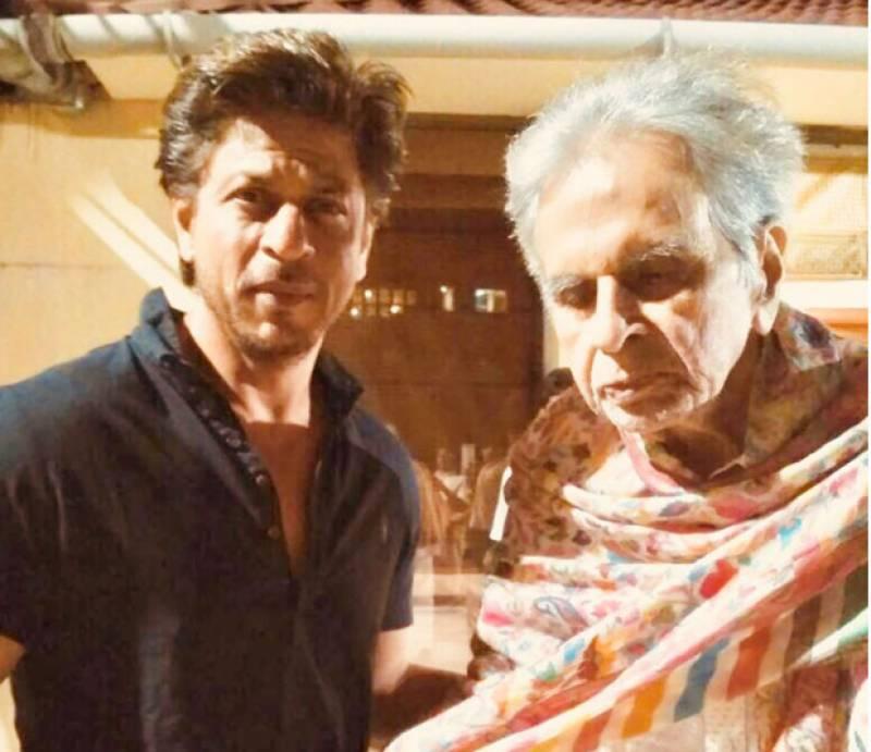 شاہ رخ خان کی دلیپ کمار سے ملاقات، خیریت دریافت کی