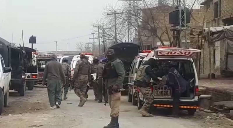 کوئٹہ، نامعلوم افراد کی فائرنگ سے 4 پولیس اہلکار شہید