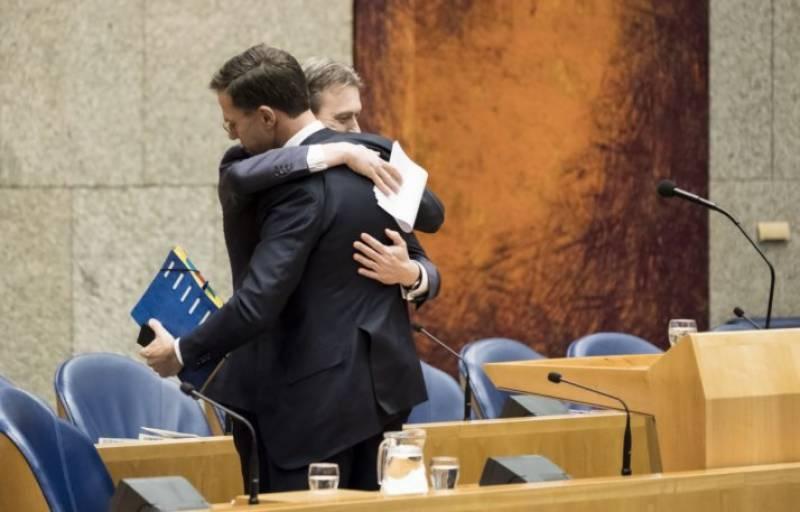پیوٹن کیساتھ ملاقات بارے غلط بیانی کا اعتراف، ہالینڈ کے وزیر خارجہ مستعفی