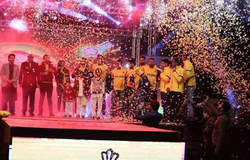 پی ایس ایل تھری کیلئے پشاور زلمی کی کٹ لانچنگ کی رنگارنگ تقریب