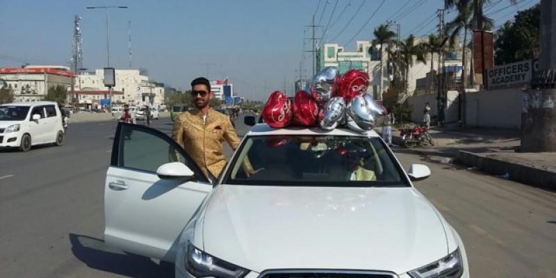 نوجوان کرکٹر عثمان صلاح الدین بھی شادی کے بندھن میں بندھ گئے