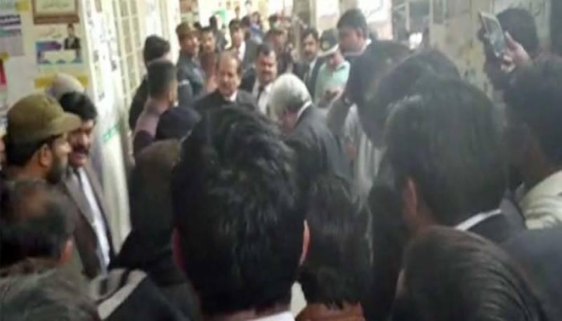 لاہور، سیشن کورٹ میں فائرنگ سے 2 وکیل جاں بحق