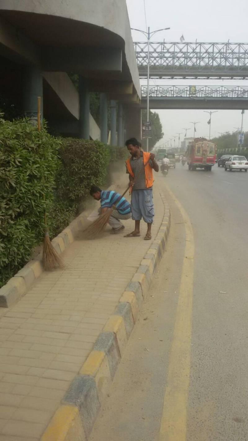 پی ایس ایل فائنل سے قبل کراچی میں صفائی کا کام شروع