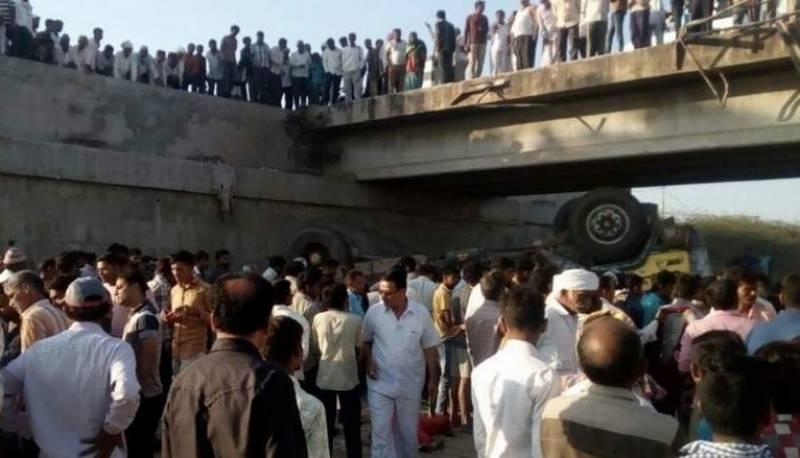 بھارت میں باراتیوں کے ٹرک کو حادثہ، 26 افراد ہلاک