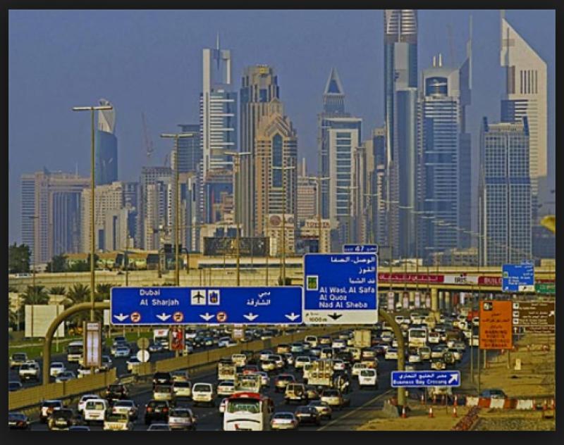 دبئی اور شارجہ کےدرمیان ٹریفک جام کا مسئلہ 2018ء میں ختم ہو جائے گا ،عبداللہ