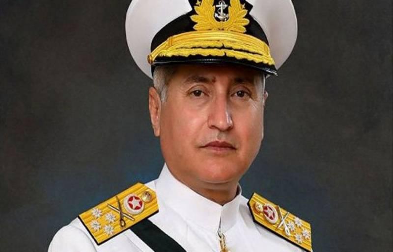 سربراہ پاک بحریہ کا دورہ کویت ، آرمی چیف ، نیول فورسز کے سربراہ سے ملاقاتیں