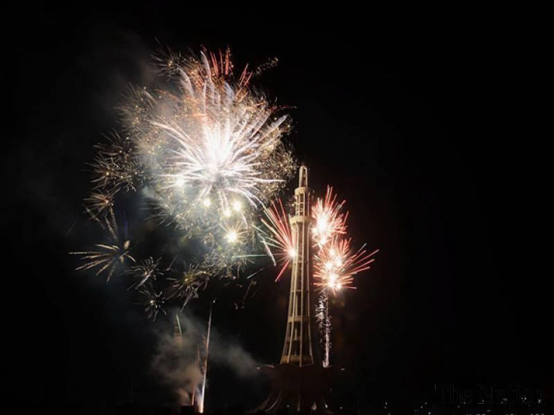 78ویں یوم پاکستان کے موقع پر ملک بھر جشن ، کئی شہروں میں آتشبازی