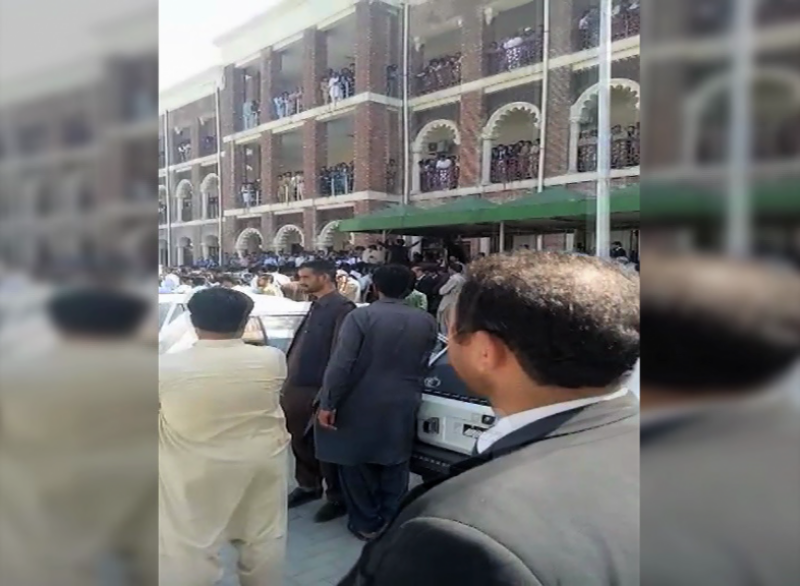 راولپنڈی : احاطہ عدالت میں فائرنگ سے قتل کے دو ملزمان ہلاک ، آئی جی کا نوٹس