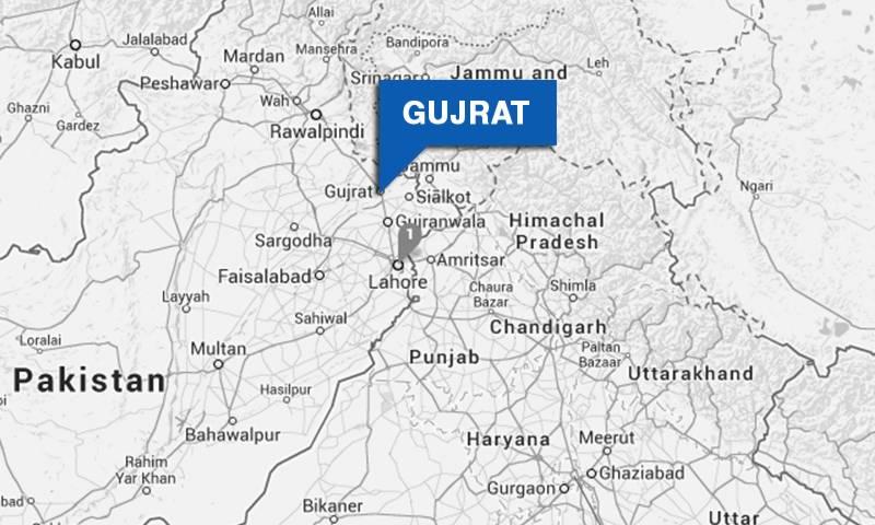 گجرات: ایک شخص نے خاندان کے 5 افراد کو قتل کر کے خودکشی کر لی