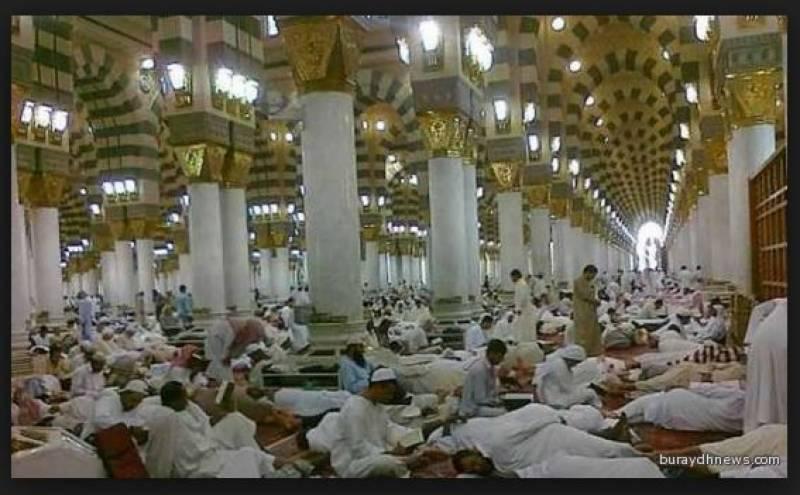 رمضان المبارک میں اعتکاف کرنے والوں کے لیے مسجد نبوی کی چھت مخصو ص کی جائے ، گورنرمدینہ کی ہدایت