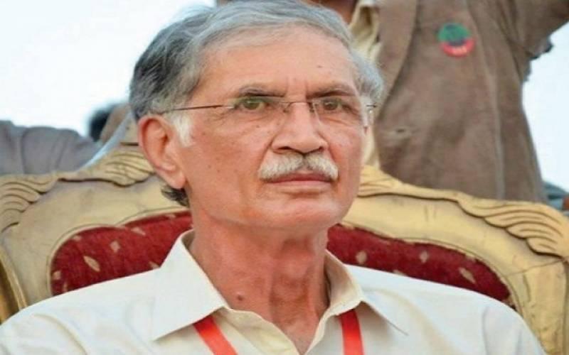 پاکستان میں سیاستدانوں کی اداروں میں مداخلت تباہ کن ثابت ہوئی: پرویز خٹک