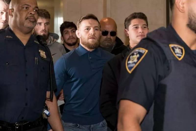 مکسڈ مارشل آرٹ کے معروف فائٹر کونر میک گریگور کو گرفتار کرلیا گیا