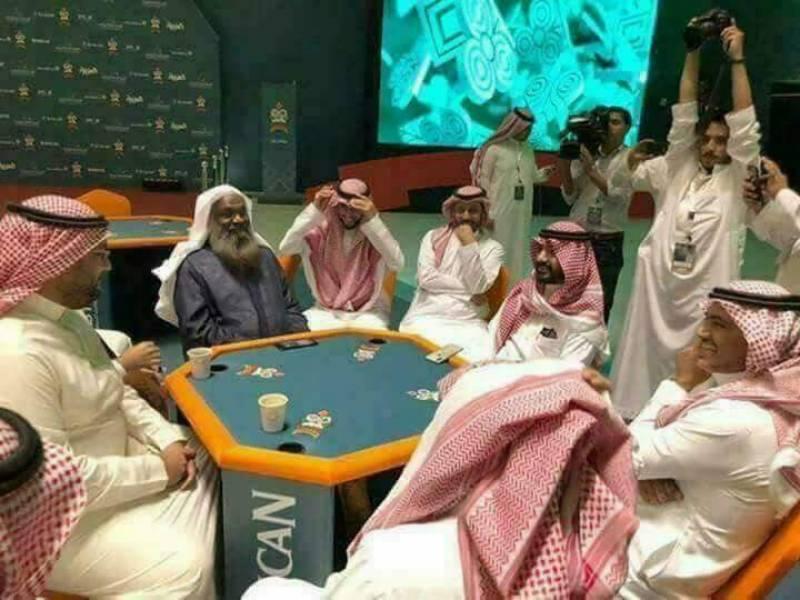 سعودی عرب میں سابق امام کعبہ کے ہاتھوں جوا خانے کے افتتاح کی خبریں غلط نکلیں