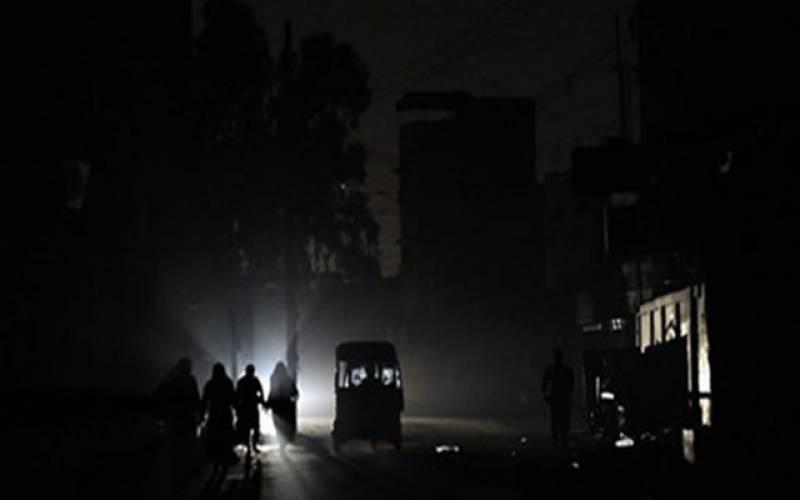کراچی ، بارہ گھنٹے بجلی کی غیراعلانیہ لوڈ شیڈنگ سے شہریوں کا جینا محال