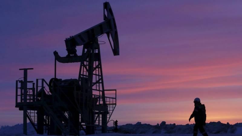 امریکا اور روس کے درمیان لفظی جنگ، خام تیل کی قیمتوں میں اضافہ