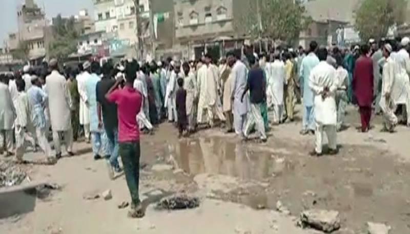 کراچی: منگھو پیر سے 6 سالہ بچی کی تشدد زدہ لاش برآمد، لواحقین کا احتجاج