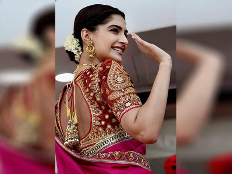 سونم کپور کے شادی میں ڈانس نے سوشل میڈیا پر دھوم مچا دی