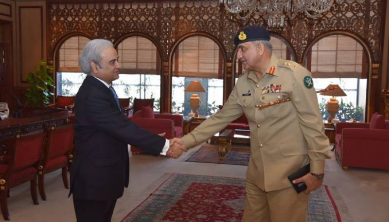 نگران وزیراعظم سے آرمی چیف کی ملاقات، اہم امور پر تبادلہ خیال