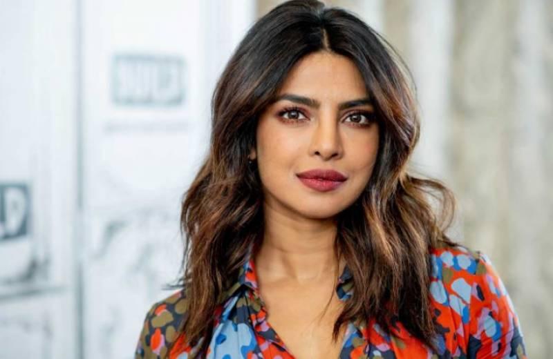 ہندو انتہا پسندوں کا پریانکا چوپڑا کو پاکستان بھیجنے کا مطالبہ, اداکارہ نے معافی مانگ لی