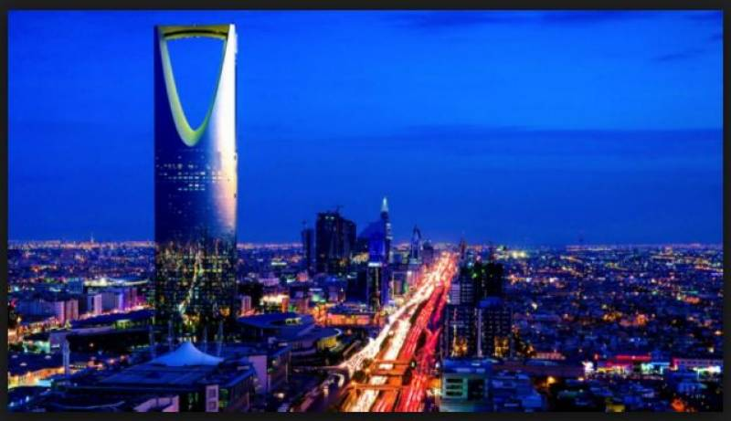 انتظار کی گاڑیاں ختم ، سعودی خواتین 24 جون سے ڈرائیونگ سیٹ سنبھالیں گی