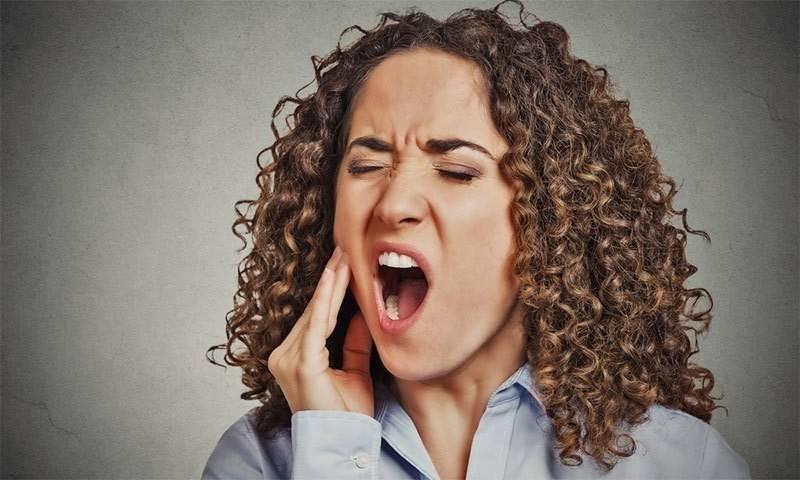 دانت کے درد سے فوری نجات کا گھریلو ٹوٹکا