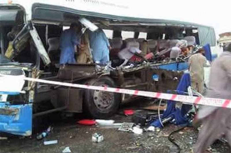 رحیم یار خان، مسافر بس اور ٹرک میں تصادم، 6 افراد جاں بحق