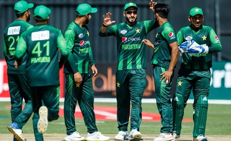 سہ ملکی ٹی ٹوئنٹی ٹورنامنٹ میں پاکستان نے آسٹریلیا کو 45 رنز سے ہرا دیا