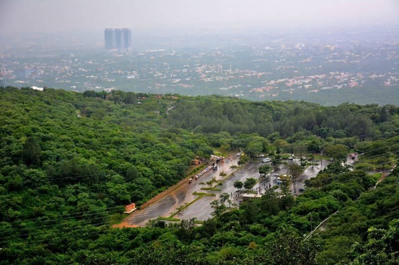 اسلام آباد سمیت مختلف شہروں میں بارش، موسم خوشگوار