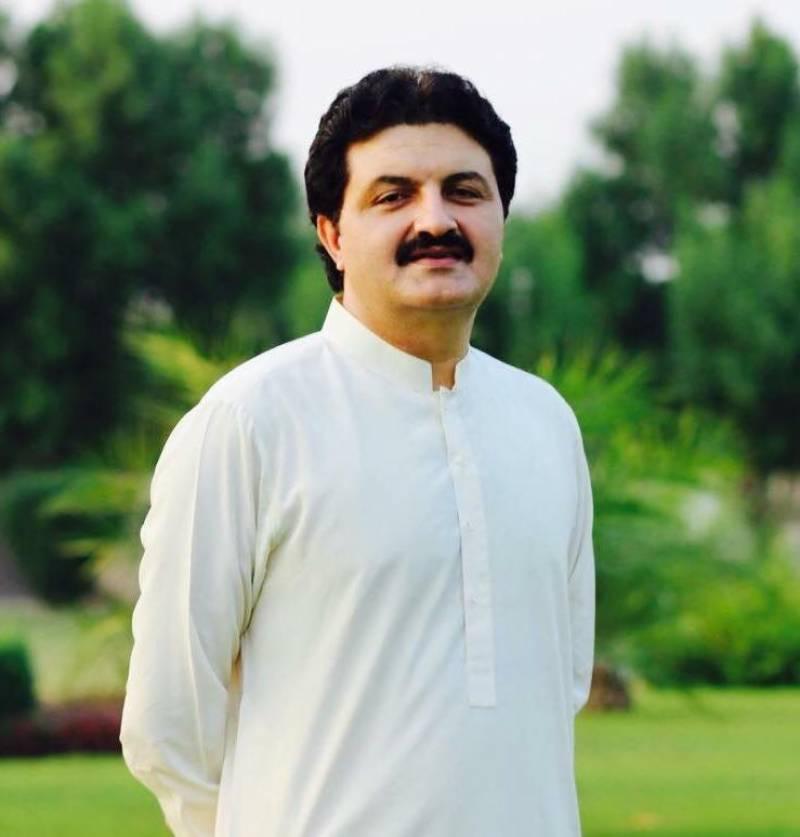 مسلم لیگ ق کے رہنما اجمل خان وزیر نے پی ٹی آئی میں شمولیت اختیار کر لی