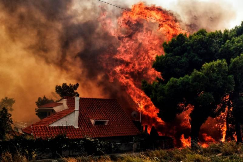 ایتھنز کے قریب لگی آگ سے 91 افراد ہلاک ہو گئے
