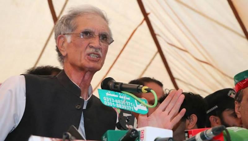وزیراعلیٰ خیبرپختونخوا کے معاملے پر عمران خان کا فیصلہ قبول ہوگا، خٹک