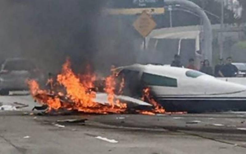 میکسیکو میں مسافر طیارہ گر کر تباہ ، بڑے پیمانے پر ہلاکتوں کاخدشہ