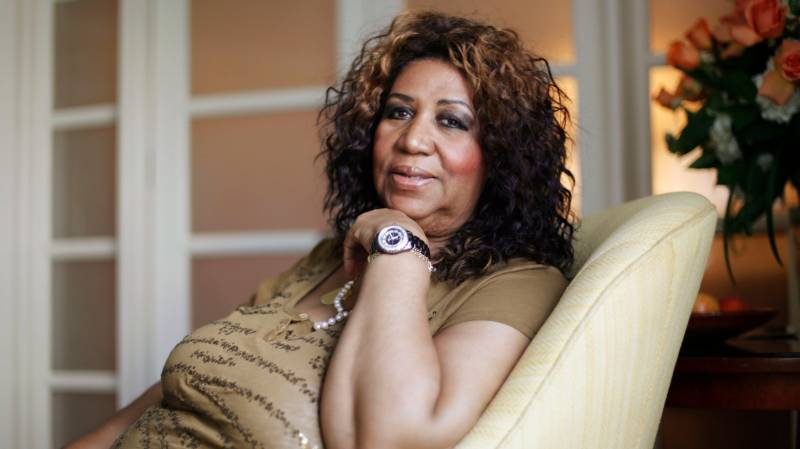 امریکی گلوکارہ اریتھا فرینکلن چل بسیں