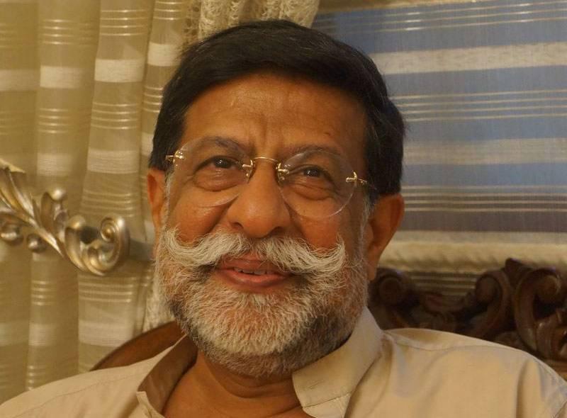 محمد میاں سومرو ناراض، وزیر مملکت کا حلف اٹھائے بغیر کراچی پہنچ گئے
