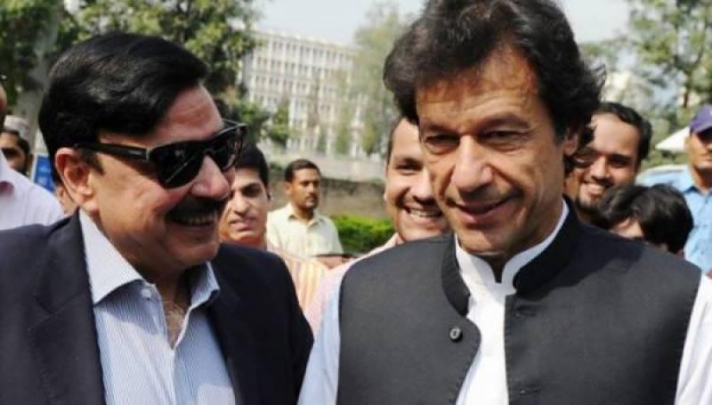 شیخ صاحب آپ نے تو میرا بھی فائدہ کر دیا ، عمران خان