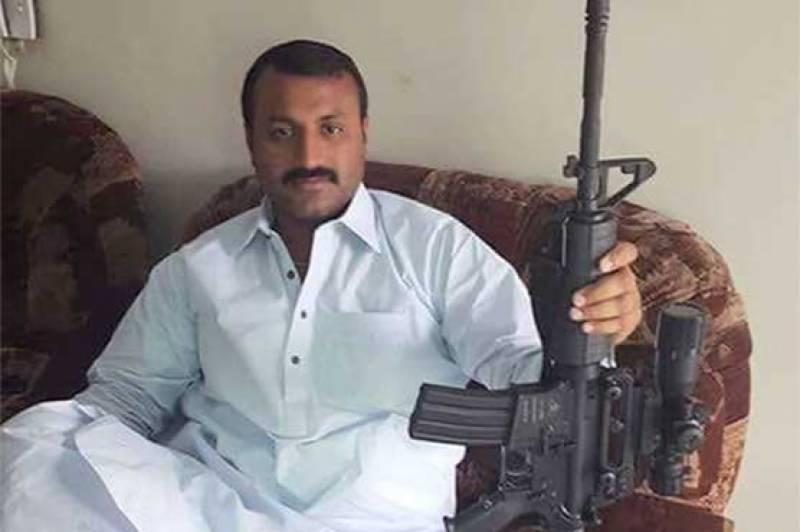 قبضہ مافیا منشا بم کو حراست میں لیکر چھوڑنے کا انکشاف