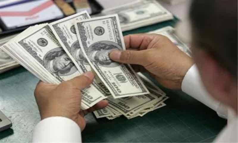 انٹر بینک میں ڈالر 2 روپے 30 پیسے سستا ہو گیا