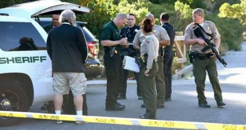 کیلیفورنیا کے بار میں مسلح شخص کی فائرنگ، 12 افراد ہلاک