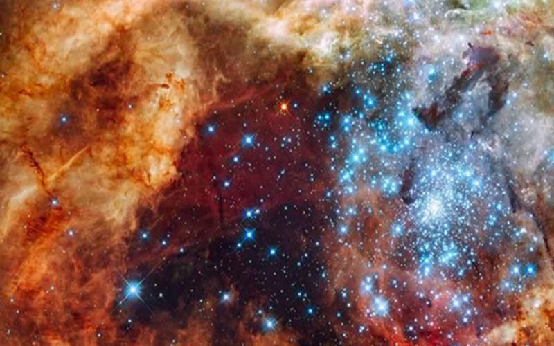 اربوں سال پرانا کائناتی جھرمٹ دریافت