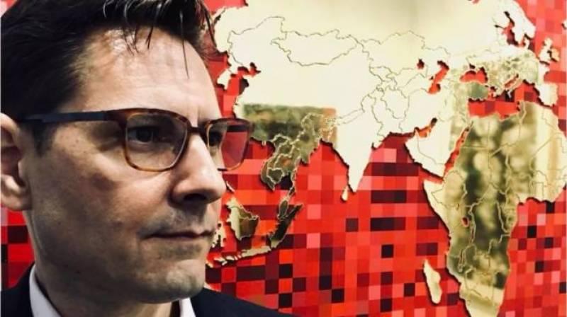 چین میں زیر حراست سابق کینیڈین سفارتکار کو قونصلر تک رسائی کی اجازت مل گئی