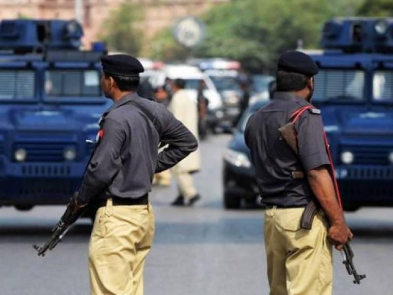 """سندھ پولیس کا پہلی بار ملزمان کی """"بلیک بُک"""" بنانے کا فیصلہ"""